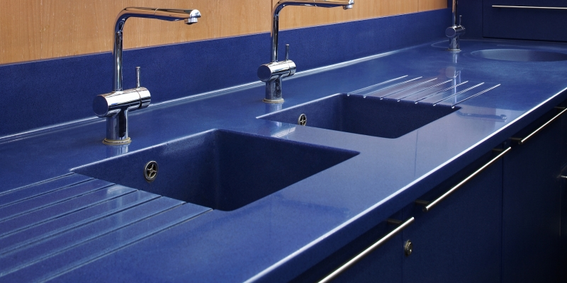 Durat Kitchen Counter with Integrated Sink and Drain Board, Color 080